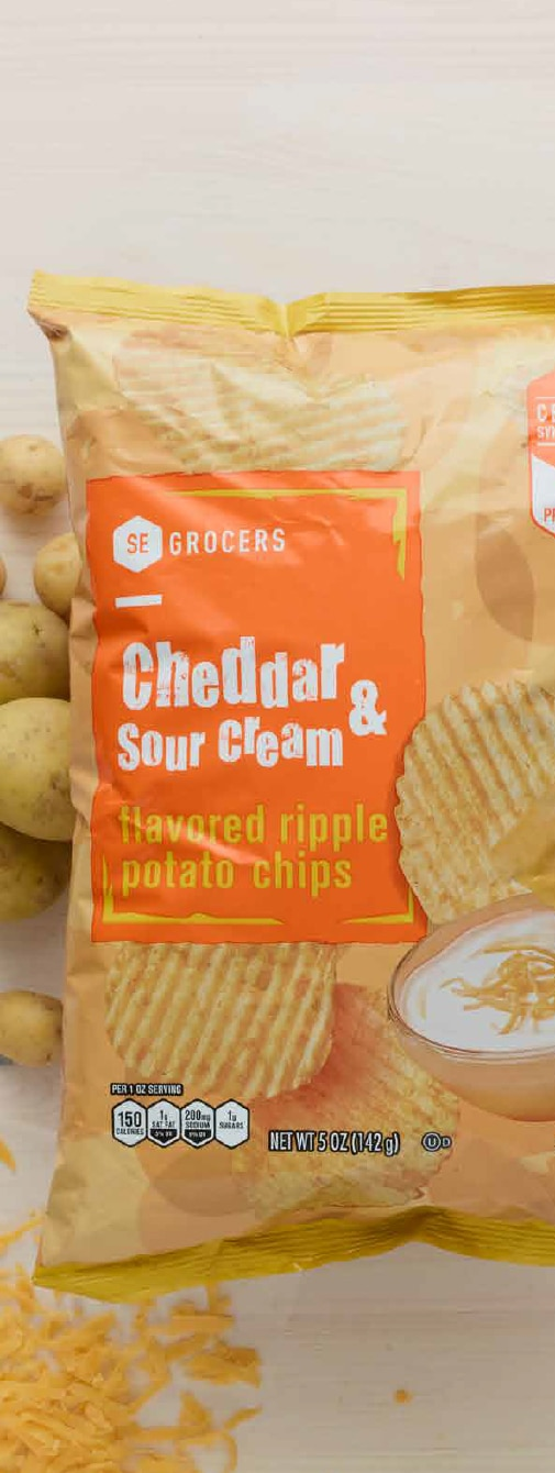 SE Grocers Cheddar and Sour Cream Chips
